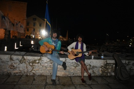 Street musicians from Split and Estonia
